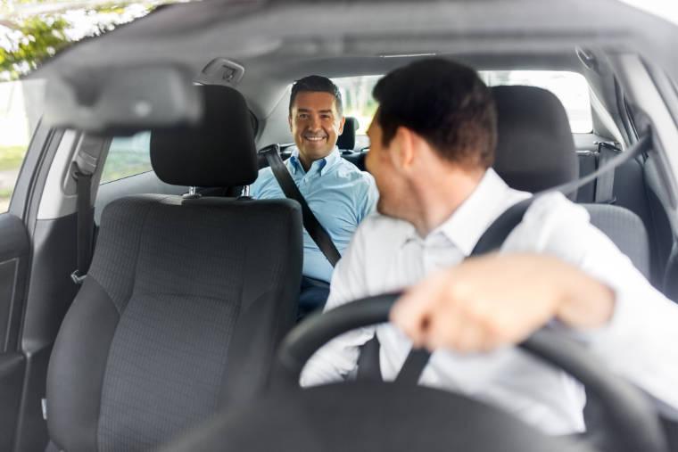Taxiunternehmen, Transport eines Fahrgastes - Alpine Service GmbH